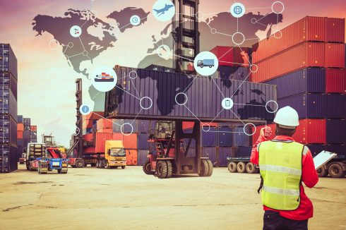 What constitutes a smart port?